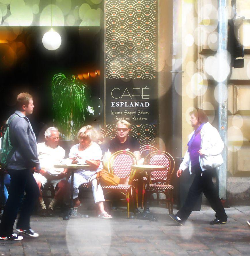 mindful observation cafe 4